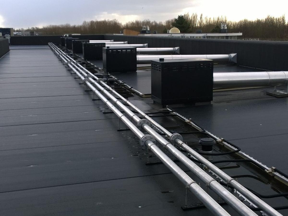 PVT zonnepaneel leidse schans overzicht dak studentenhuisvesting
