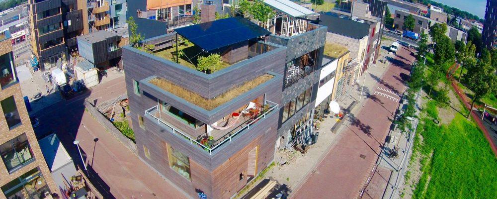Triple-Solar-PVT-paneel-warmtepomppaneel-overkapping-Atelier Buiksloterham