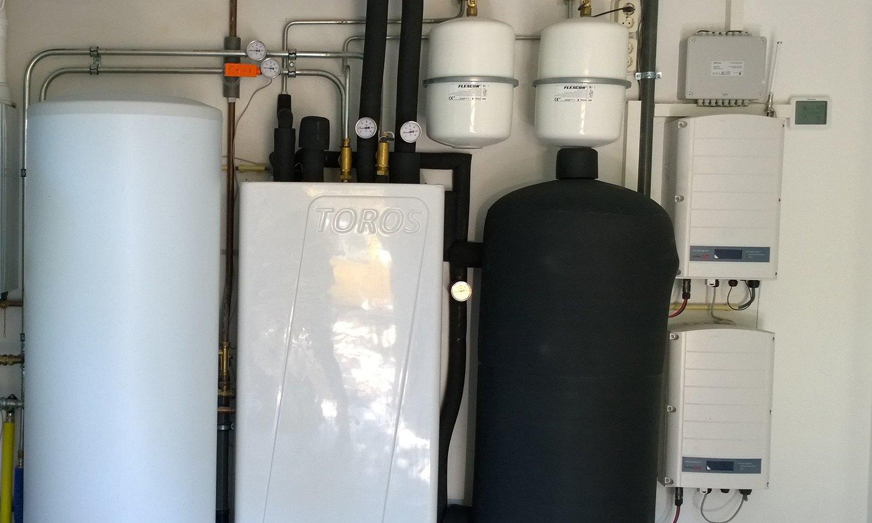 Triple Solar Voorschoten PVT warmtepomp paneel installatie