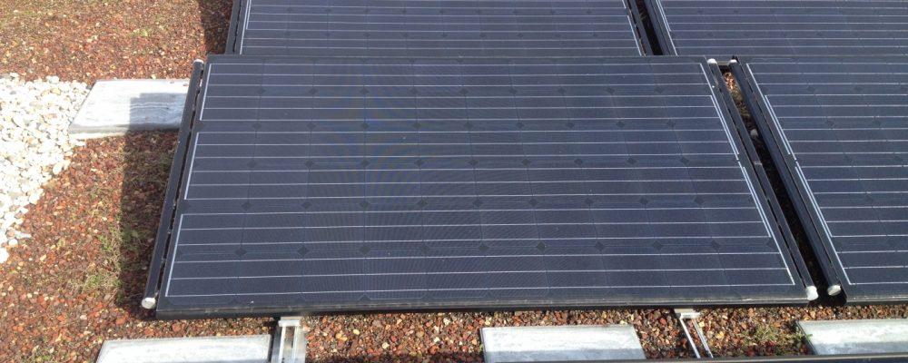 Triple Solar PVT warmtepomp paneel amundsen panelen groot Amundsenhof PVT panelen