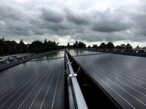 PVT-panelen-Triple-Solar-warmtepomppaneel-dak-opstelling-03