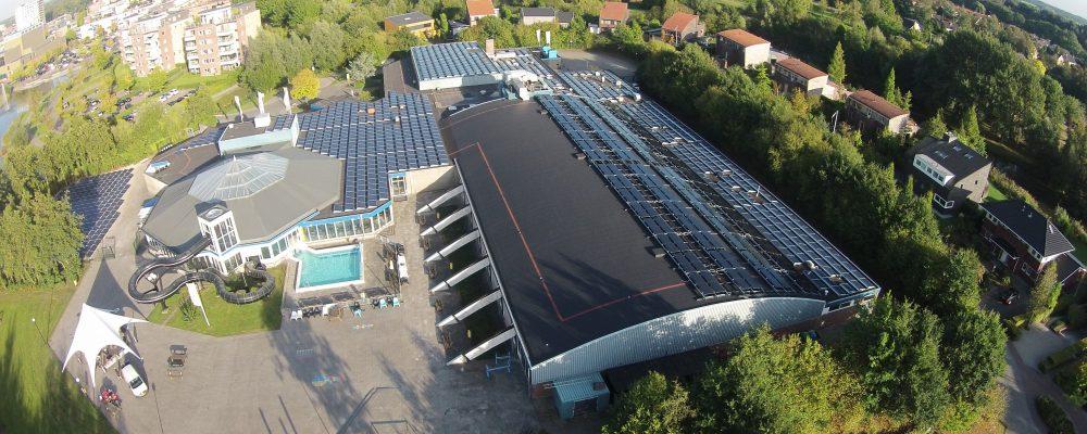 Triple Solar Duurzaam dak zwembad PVT panelen
