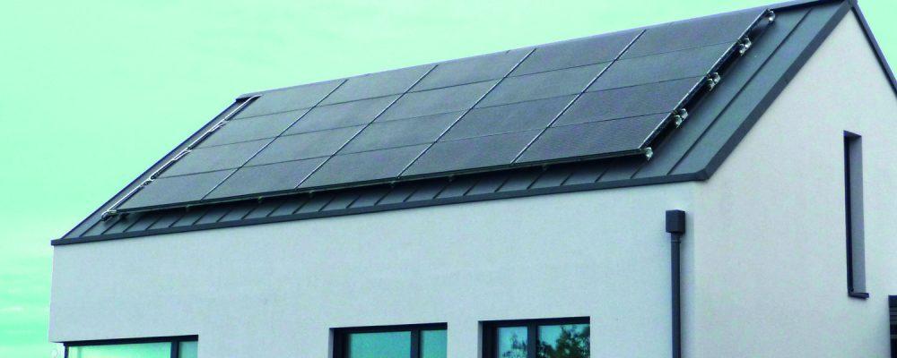 Modernes Design Dach mit PVT Kollektor 3