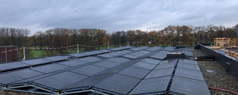 Triple-Solar-PVT-warmtepomp-Panelen-zonnepanelen-systeem-zorgcomplex-de-tuinen-woudenberg-01