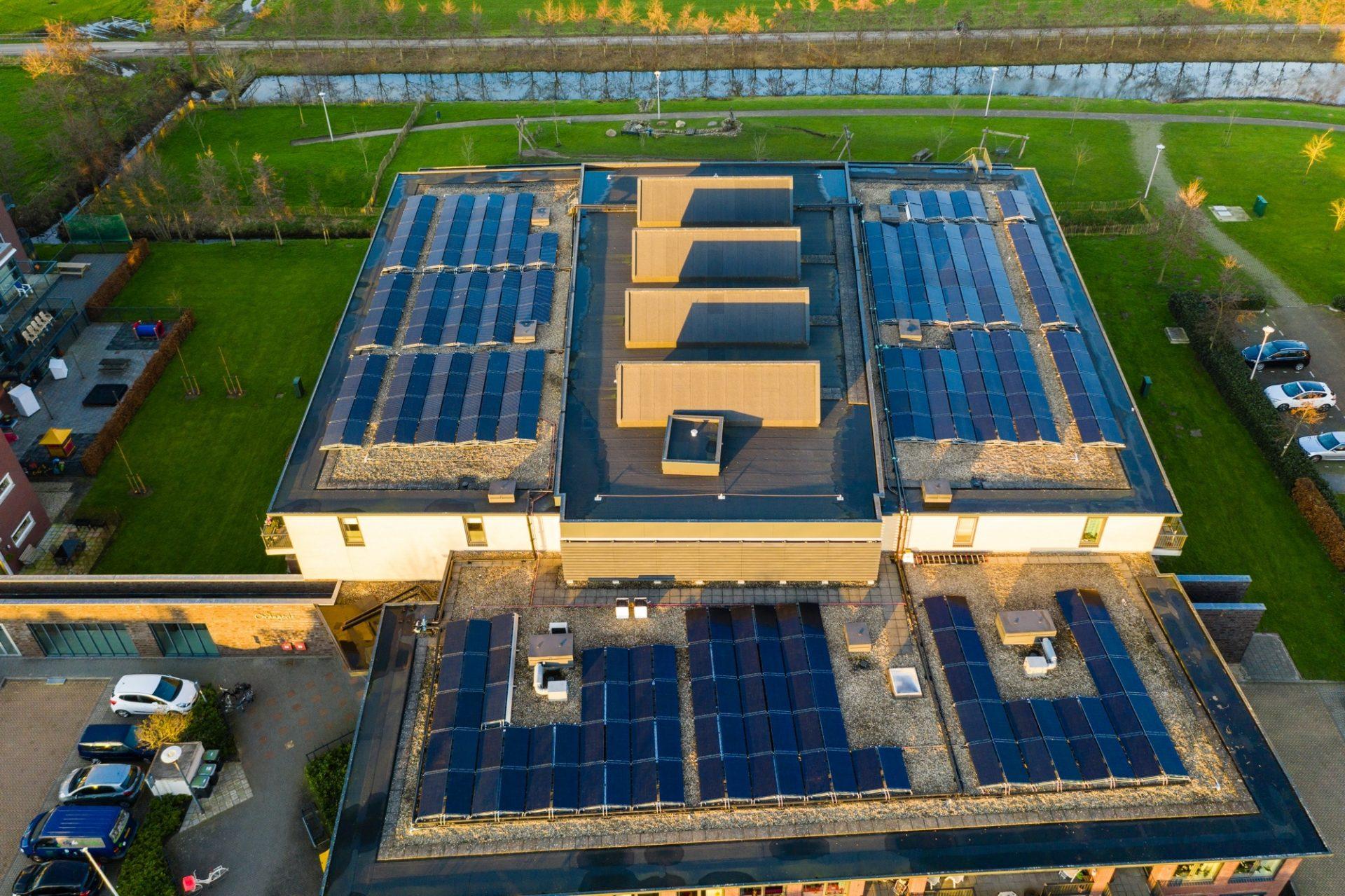 WKO-regenereren-woon-zorgcombinatie-Triple-Solar-PVT-paneel