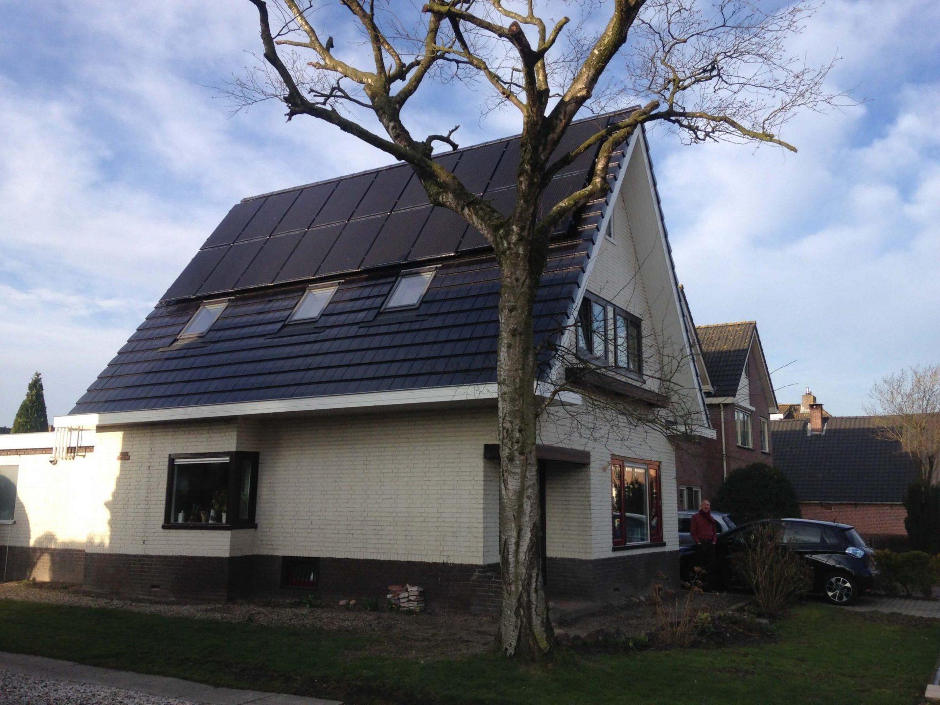 PVT-Paneel-duurzaam-houten-huis-review-Triple-Solar-warmtepomp-Arie-Kraan-01