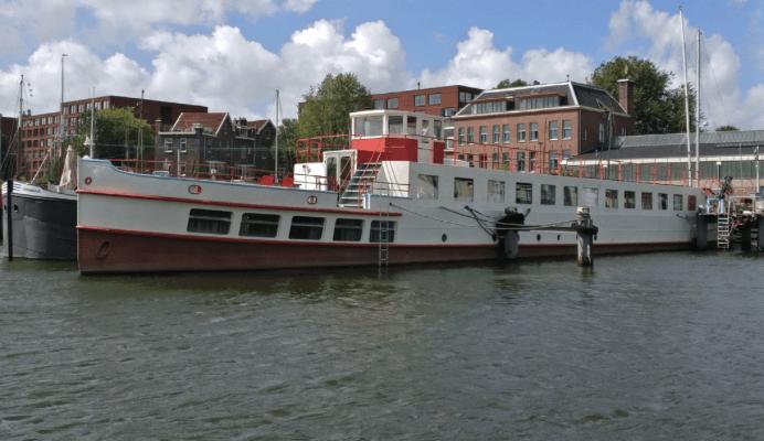 woonboot-pvt-paneel-warmtepomp-amsterdam-01A