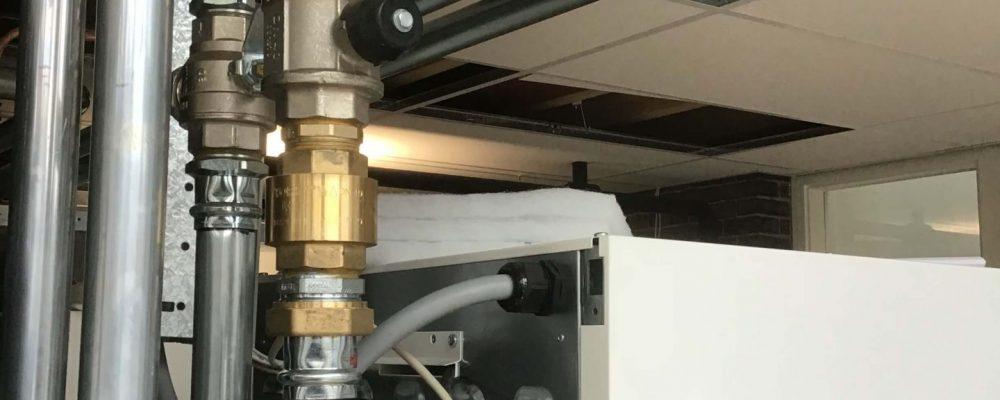 PVT-paneel-warmtepomppaneel-zonnepaneel-warmtepomp-Triple-Solar-verwarmen-koelen-school-cruquisschool-07
