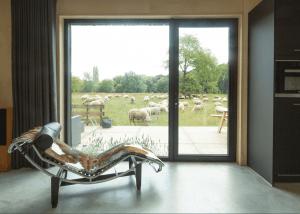 PVT-paneel-bron-warmtepomp-Tilburg-Joris-verhoeven-desingn-home-black-solar-panel-zonnepaneel-heatpump-interior