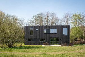 PVT-paneel-bron-warmtepomp-Tilburg-Joris-verhoeven-desingn-home-black-solar-panel-zonnepaneel-heatpump-spring