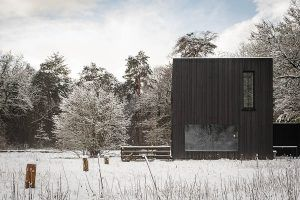 PVT-paneel-bron-warmtepomp-Tilburg-Joris-verhoeven-desingn-home-black-solar-panel-zonnepaneel-heatpump-winter