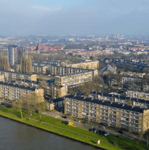 Dickensplaats-Utrecht-Koopmans-bouw-Mampaey-Triple-Solar-PVT-panelen-wijk-luchtfoto-01